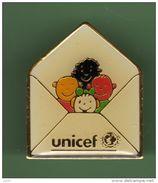 UNICEF *** N°3 *** 0077 - Arthus Bertrand
