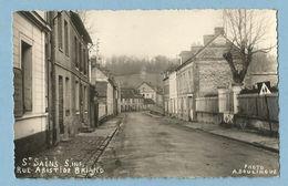 0354  CPSM  SAINT-SAENS (Seine Inférieure)  Rue Aristide Briand - Photo A. Boulingue  ++++++++ - France