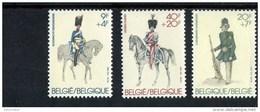 256278247 BELGIE POSTFRIS MINT NEVER HINGED  START AAN POSTPRIJS OCB 2031-2033 PAARDEN UNIFORMEN - België