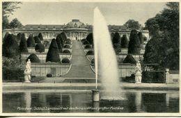 Potsdam - Schloss Sanssouci Mit Den Terrassen Und Grosser Föntäne (001096) - Potsdam