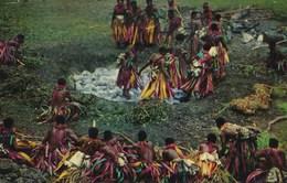 Polynésie Française : FIJIAN FIREWALKING (1975) - Polynésie Française