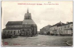 52 SOMMEVOIRE - Place Et église Notre Dame. - Francia