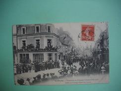 LA FLECHE -  72  -  Centenaire Du Prytanée Militaire  -  Défilé Du Cortège Fleuri Rue Carnot    -  SARTHE - La Fleche