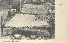 Congo Belge – Séchage Des Galettes De Caoutchouc Dans  La Forêt ( Lusambo ) – Nels N°59 - Congo Belge - Autres