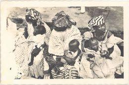 Sénégal – Dakar – Goréennes à Bord De La Chaloupe Dakar-Gorée - Sénégal
