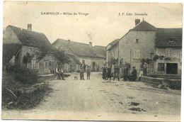 25 - Dambelin -  Milieu Du Village - Andere Gemeenten