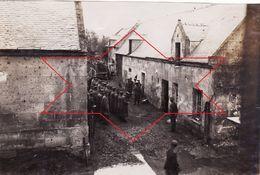 Photo 14-18 FOURDRAIN (près Laon) - Soldats Allemands à L'appel, IR 159 5ème Cie (A178, Ww1, Wk 1) - Other Municipalities