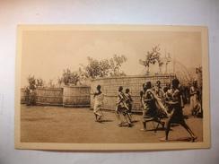 Carte Postale Ruanda : Kraal De Chef Mutufsi (Petit Format Non Circulée ) - Ruanda-Urundi