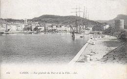 13)  CASSIS  - Vue Générale Du Port Et De La Ville - Cassis