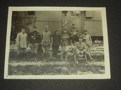 TB Photo WW1 1917 Groupe De Soldats Et Officiers Du 5e Génie Devant Un Wagon - Guerre 1914 1918 - 12 X 9 Cm - War, Military