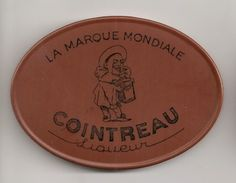 Miroir Publicitaire Ovale, De Sac Ou De Courtoisie. Liqueur Cointreau. Pierrot - Other
