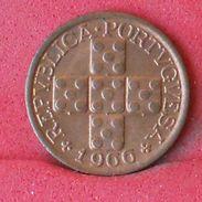 PORTUGAL 10 CENTAVOS 1966 - KM# 583 - (Nº18644) - Portugal