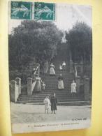 B10 3574 - 14 HOULGATE - LE GRAND ESCALIER - 1911 - ANIMATION - Houlgate