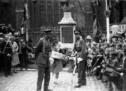 Real Photo / ROYALTY / Belgium / Belgique / Roi Albert I / Koning Albert I / Veurne - Plaatsen