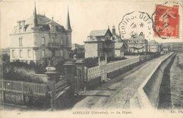 """CPA FRANCE 14 """"Asnelles, La Digue"""" - Autres Communes"""