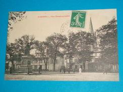 17 )  Marennes - Place Chasseloup-laubat - Année 1912 - EDIT : Boisgencier - Marennes