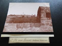 Photo Du Début Du XXème Siécle, L'ile Aux Moines, Ancienne Casemate - Perros-Guirec