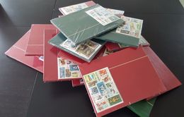 Stamp Albums With Set Of Stamps (45 Albums) - Formato Grande, Sfondo Bianco