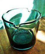 Schwerer Glasaschenbecher Aus Den 1970er Jahren. - Glas