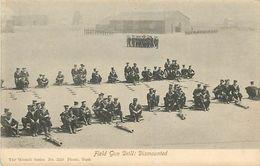 PIE 17-T-4420 :  THE WOODBURY SERIES. FIELD GUN DRILL DISMOUNTED - Etats-Unis
