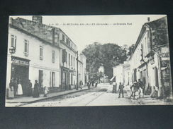 SAINT MEDARD EN JALLES / ARDT BORDEAUX    1910    /  LA  GRANDE RUE     CIRC  EDIT - France