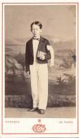 Photo CDV Portrait Jeune Garçon Communiant Photographe Gustave Le Mans Circa 1860-70 - Personnes Anonymes