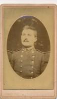 Photo CDV Portrait D'un Militaire Du 23 23ème Régiment Photographe Chapelle Paris Circa 1880 - Personnes Anonymes