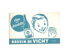 Buvard  Eau De Vichy  Bassin De Vichy - Buvards, Protège-cahiers Illustrés