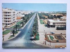 Postcard Tunis Avenue Mohammed V PU 1967 My Ref B21734 - Tunisia