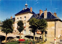 CPSM  95 CHARS LA MAIRIE     Grand Format 15 X 10,5 - Chars