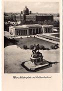 AT-9: WIEN: Heldenplatz Mit Heldendenkmal - Vienna Center