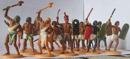 Rares Figurines ATLANTIC 1/32 Lot De 21 Sur Les 22 Egyptiens Antique Avec Sa Boite N° 1602 Voir Détails Annonce - Figurines