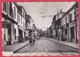 CPSM - 13 - MARSEILLE-MAZARGUES - RUE EMILE ZOLA  ANIMEE - Quartiers Sud, Mazargues, Bonneveine, Pointe Rouge, Calanques