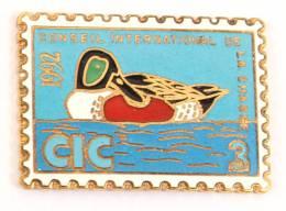 Pin's Timbre CIC - Conseil International De La Chasse - 1992 - Canard - G687 - Associations
