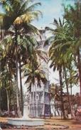Monument De Cook & Phare De La Pointe Venus - Tahiti - Photo Sounam - Tahiti