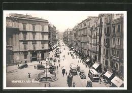 Cartolina Napoli, Verkehr Auf Der Via Roma - Napoli (Naples)