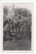 17226 - Armée Suisse 1938  Soldats Autour De La Gamelle Ecole De Recrue Kloten - Casernes