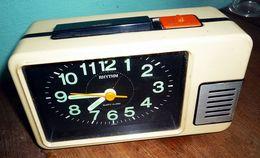 Wecker-034-Rhythm-034-Japan-Space-Age-70er-Jahre - Alarm Clocks