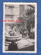 Photo Ancienne - TRAPANI , Sicile - Petite Place Et Fontaine - Sicilia Italia - Lieux