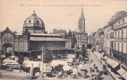 CPA (31) TOULOUSE Place Et Halles Des Carmes Clocher De La Dalbade - Toulouse