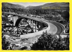 CPSM  Pont Sur ARTUBY Les Gorges Du Verdon Arche 110 Métres De Long Hauteur 180 M ( 1961 ) - Ponts