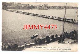 CPA - Le Pont De Bateaux De 230 Mètres, Bien Animé - NANTES 44 L- Inf. - Edit. J. Nozais N° 25 - Scans Recto-Verso - Nantes