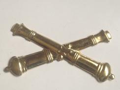 Insignia De Gorra De Artillería De Norte O Sur. Guerra De Secesion. 1861-1865. Réplica - Medallas Y Condecoraciones