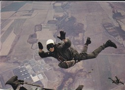 PARACHUTISME----photo P. DUJARDIN  PAU---voir 2 Scans - Paracadutismo