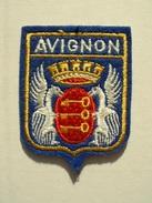 ECUSSON TISSUS BRODE  - AVIGNON - Blazoenen (textiel)