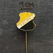 Badge (Pin) ZN005662 - Football (Soccer / Calcio) Netherlands Velox - Football