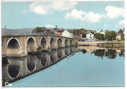 DESCARTES SUR LA CREUSE - Le Pont - France