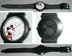 Montre Quartz Mickey LORUS Walt Disney Disneyland Bracelet Plastique Time For Fun - Montres Publicitaires