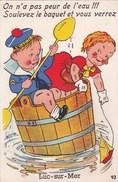 Carte Postale Système : Luc Sur Mer (14) On A Pas Peur De L'eau Soulevez Le Baquet ...Complète De Son Dépliant  Gaby 93 - Luc Sur Mer