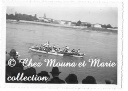 JOUTES SUR LE RHONE ANNEES 1950 - PHOTO 9 X 6.5 CM - Sport